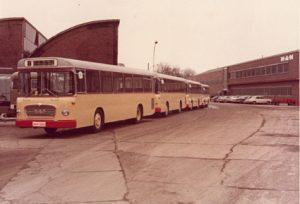 Hentschel Bus bei der Werkabholung 1975