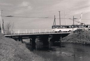 Bus auf der Maadebrücke 1956