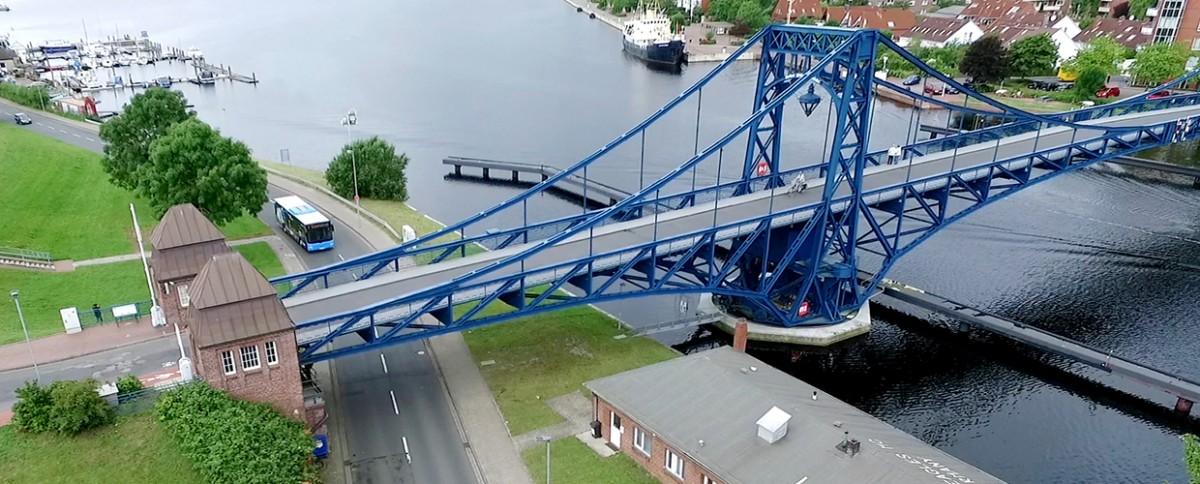 Kaiser-Wilhelm-Brücke aus der Luftperspektive
