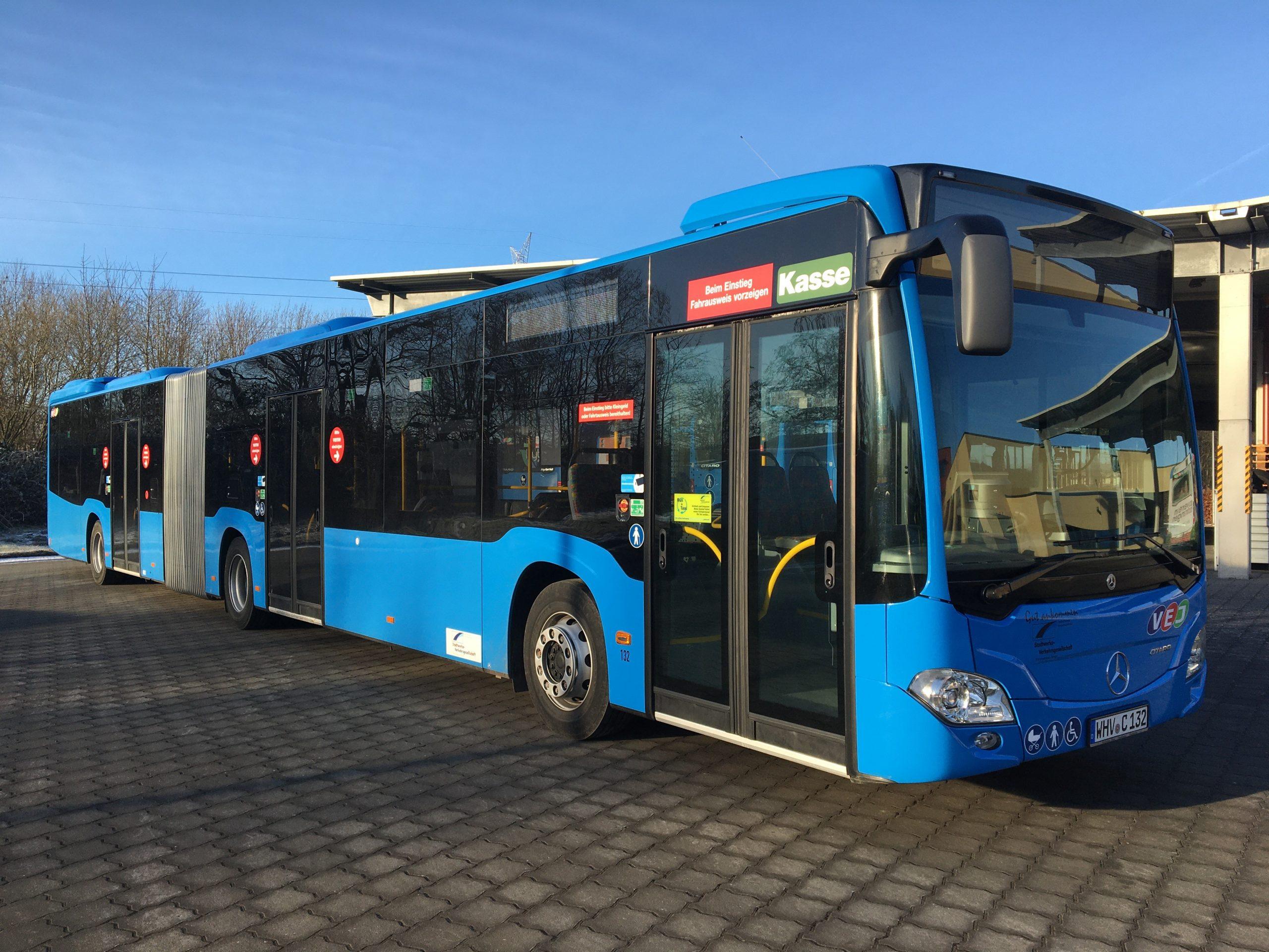 Neuer Gelenkbus von Mercedes WHV C132