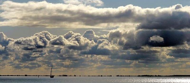 Seewetter - Wolken über dem Meer